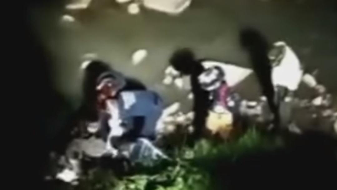 Video: Someten a ladrón con golpes y lo arrojan a un río