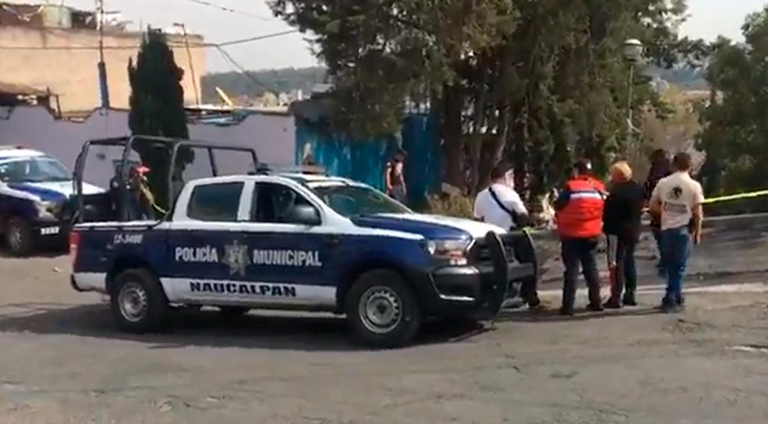 Encuentran restos del cuerpo de mujer en coladera de Naucalpan