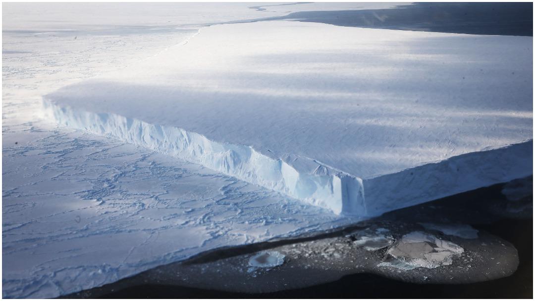 Iceberg del tamaño de Londres se desprende de la Antártida – Noticieros  Televisa