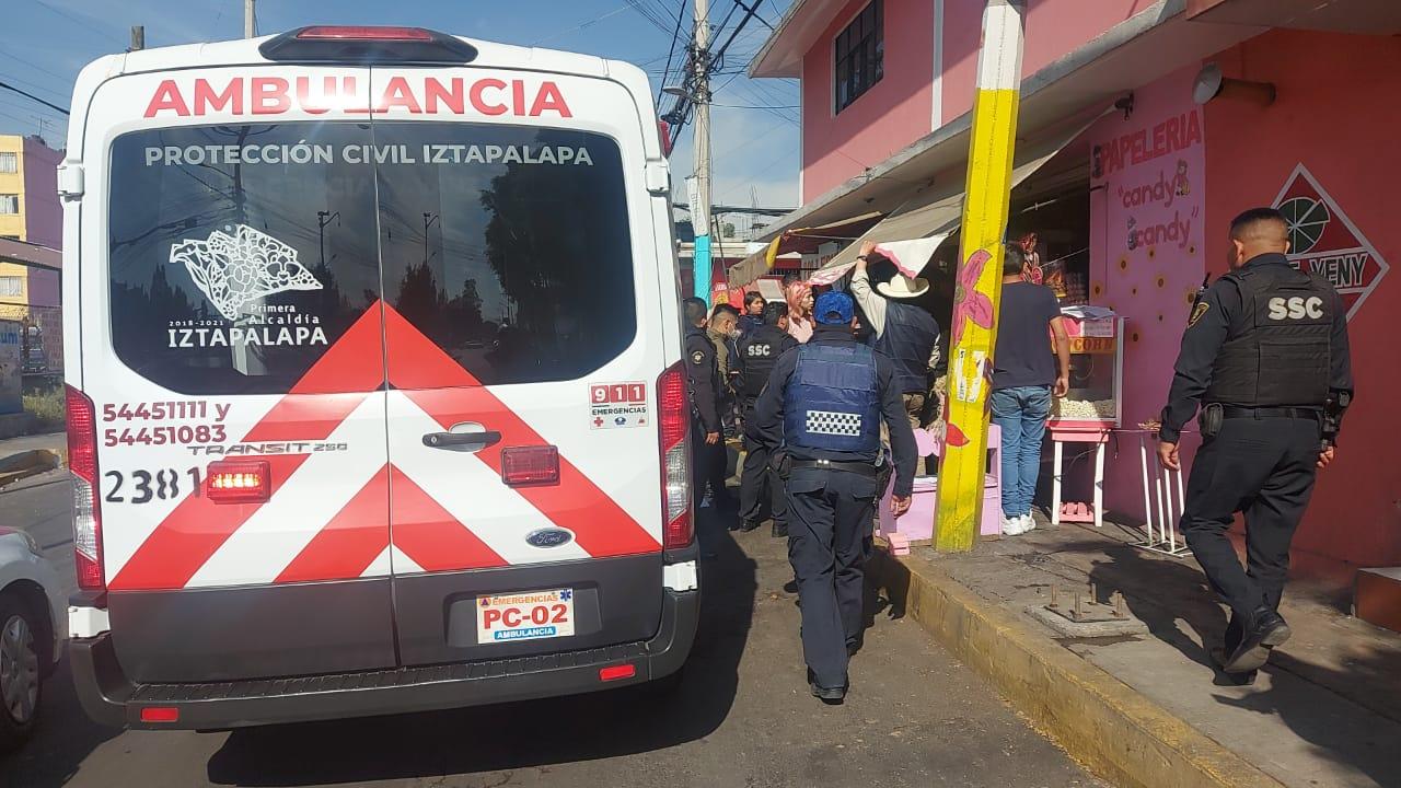 Mujeres sufren asalto en papelería de Iztapalapa