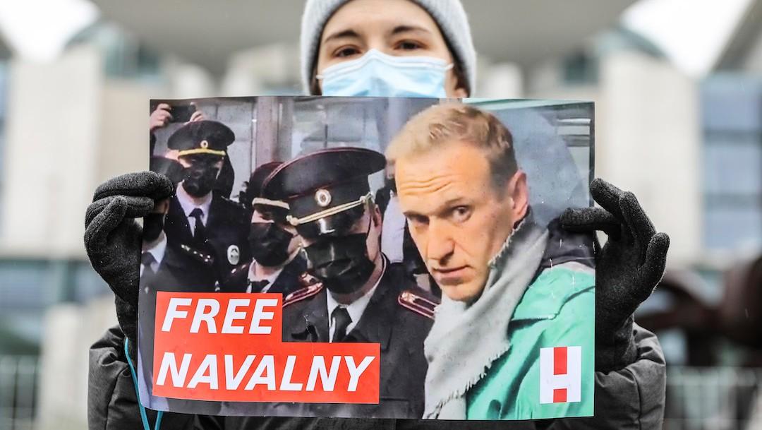 Partidarios de Alexei Navalny exigen su liberación de una prisión rusa (Getty Images)
