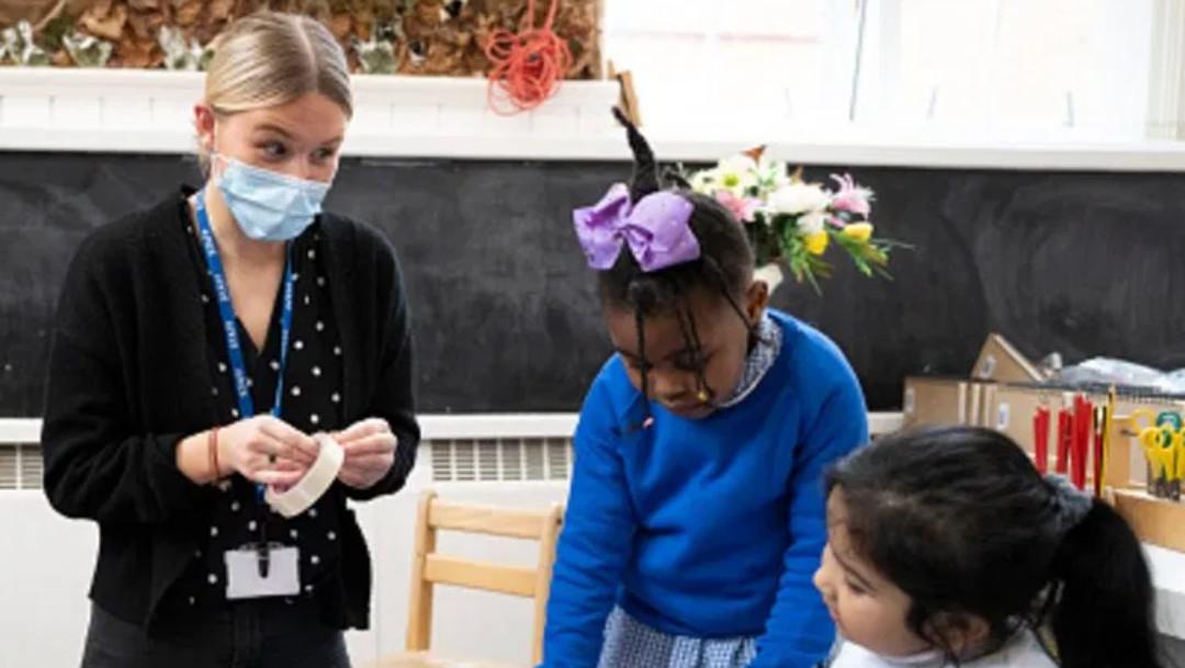 Reino Unido hará pruebas diagnósticas de COVID-19 a todos los niños para reabrir las escuelas