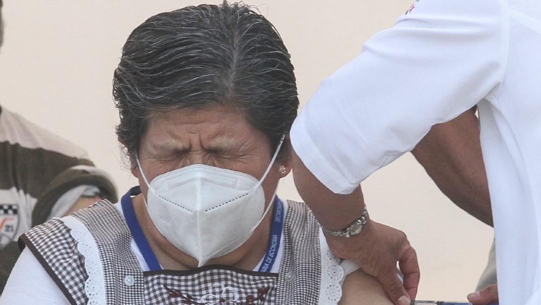 México vacuna a más de 1 millón de adultos mayores