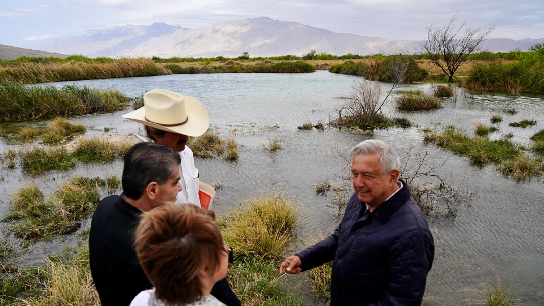 El presidente Andrés Manuel López Obrador puso en marcha el proyecto de 'Rescate y Recuperación de Agua en Cuatro Ciénegas