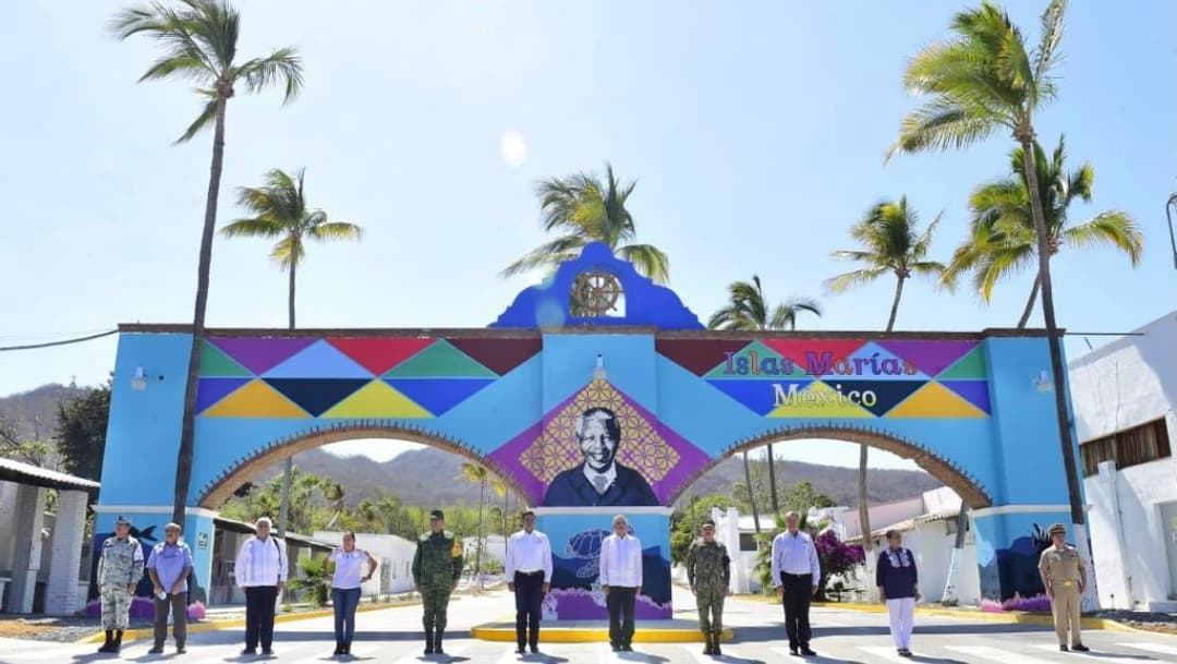 AMLO nombra a marino como gobernador de las Islas Marías