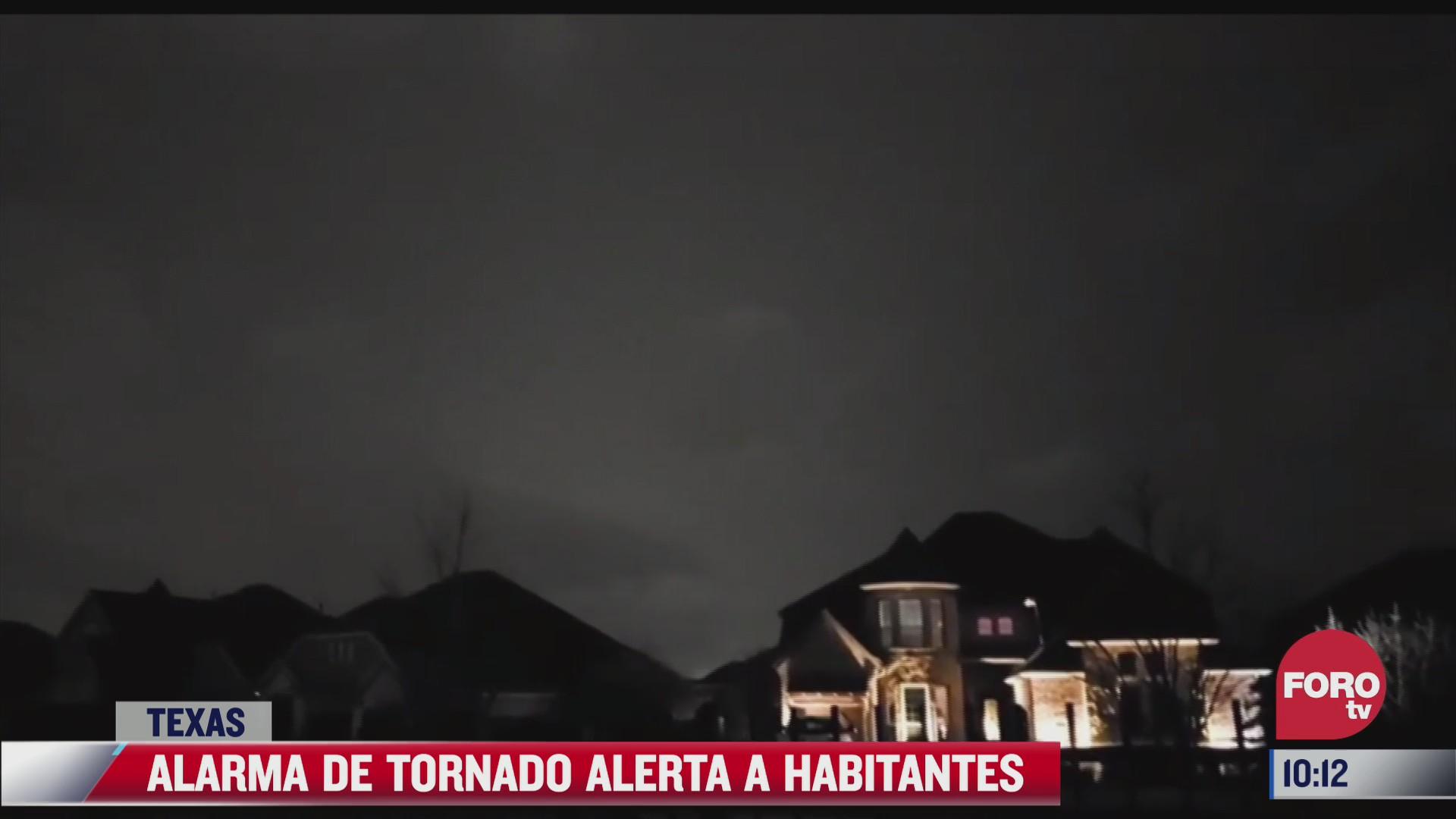 asi fue la alerta de tornado en texas
