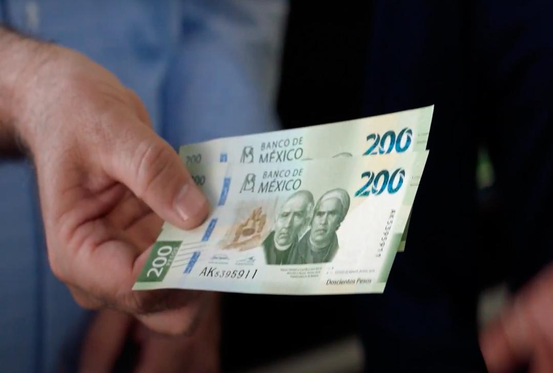 Billete de 200 es vendido en 15 mil pesos en venta por internet