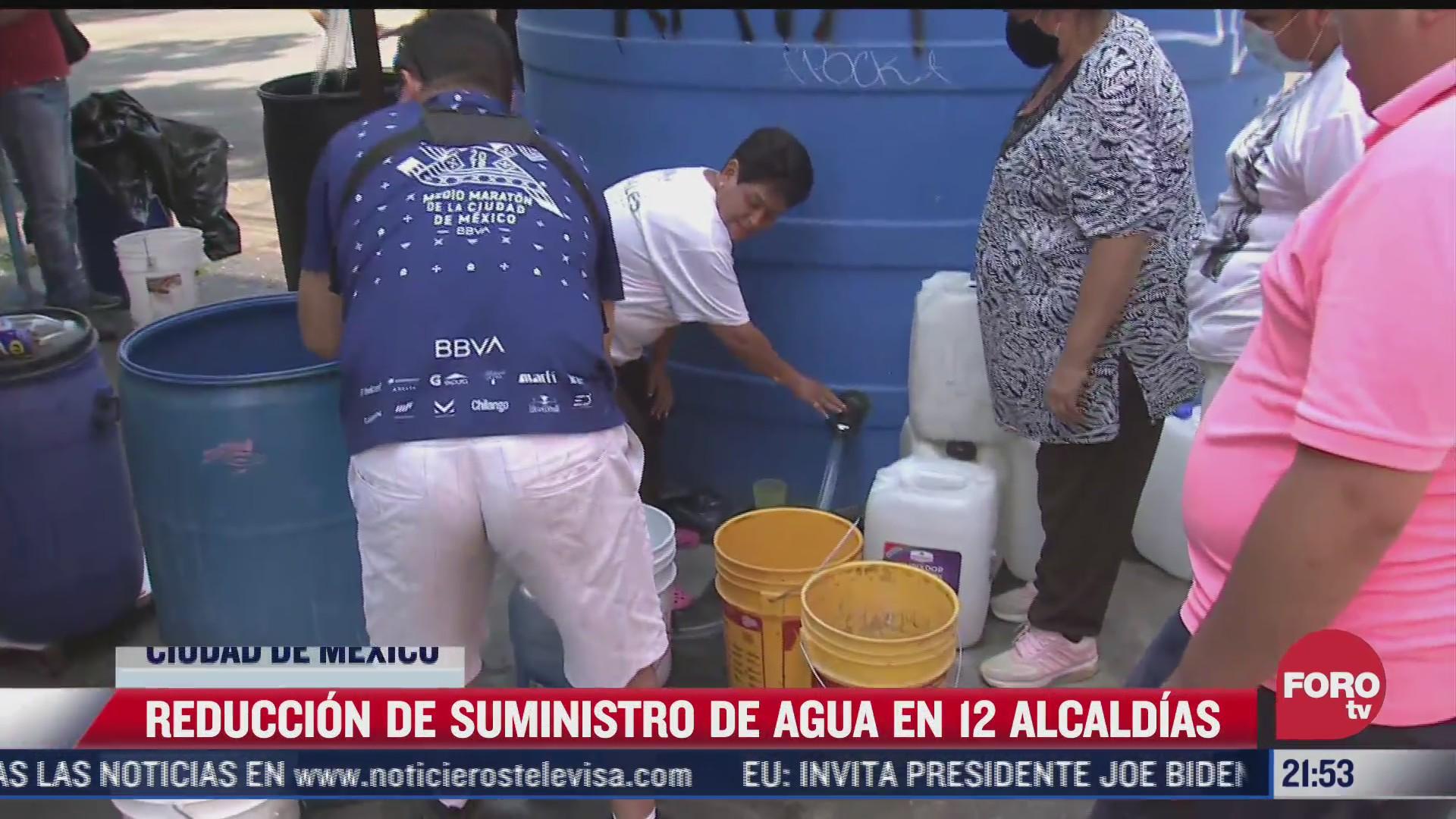 brindan servicio de pipas tras reduccion de suministro de agua