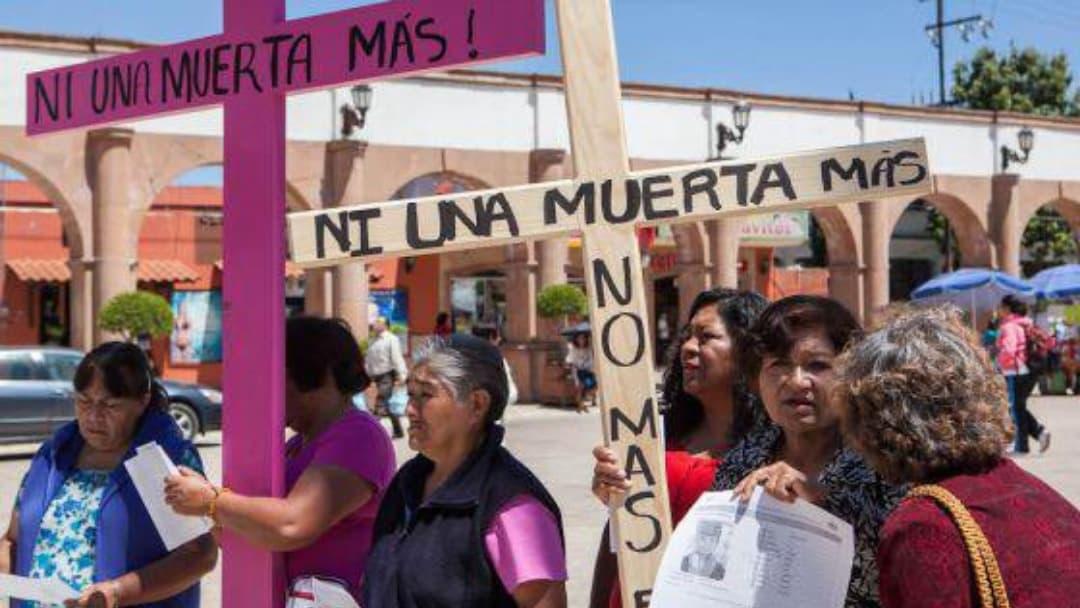 Cientos de mujeres exigen justicia para desaparecidas y asesinadas en Ciudad Juárez