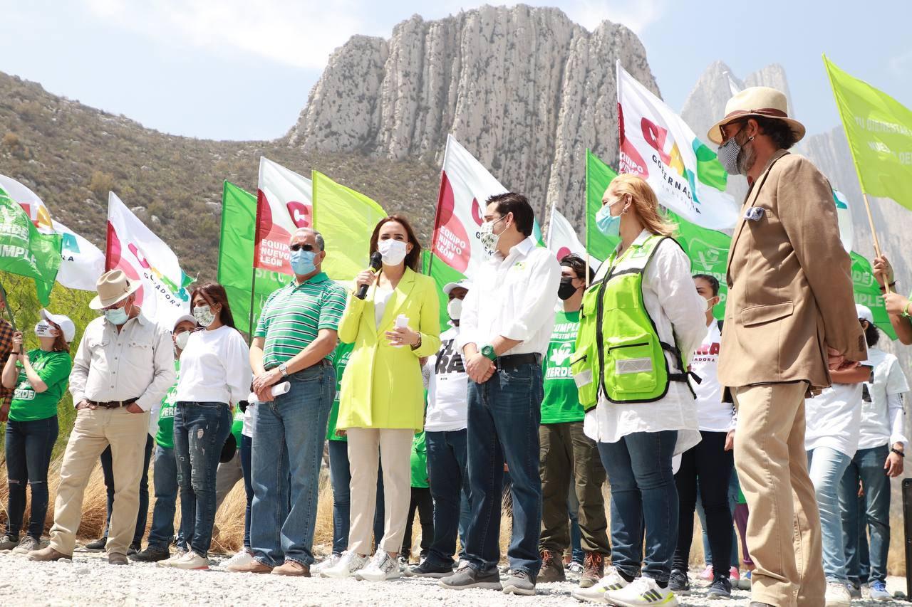 Clara Luz Flores Medio Ambiente