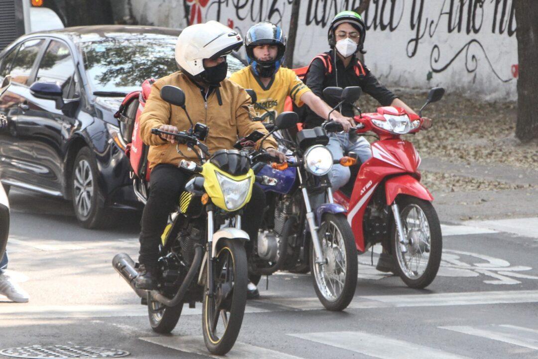 ¿Cómo tramitar las placas para motocicleta en CDMX?