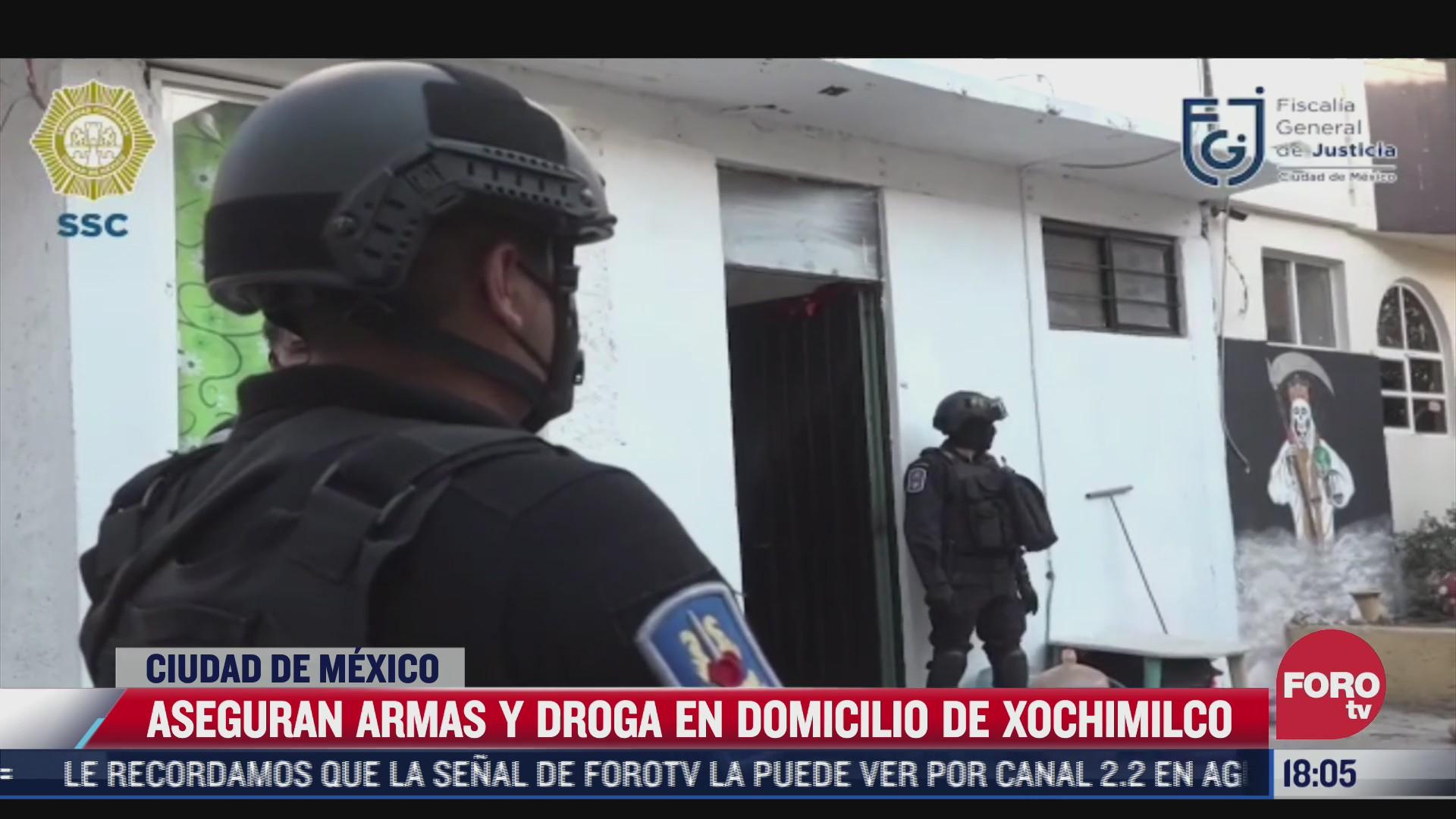 decomisan drogas y armas en cateo de la alcaldia xochimilco