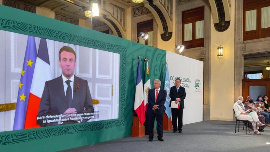 Emmanuel Macron en conferencia de prensa matutina con López Obrador