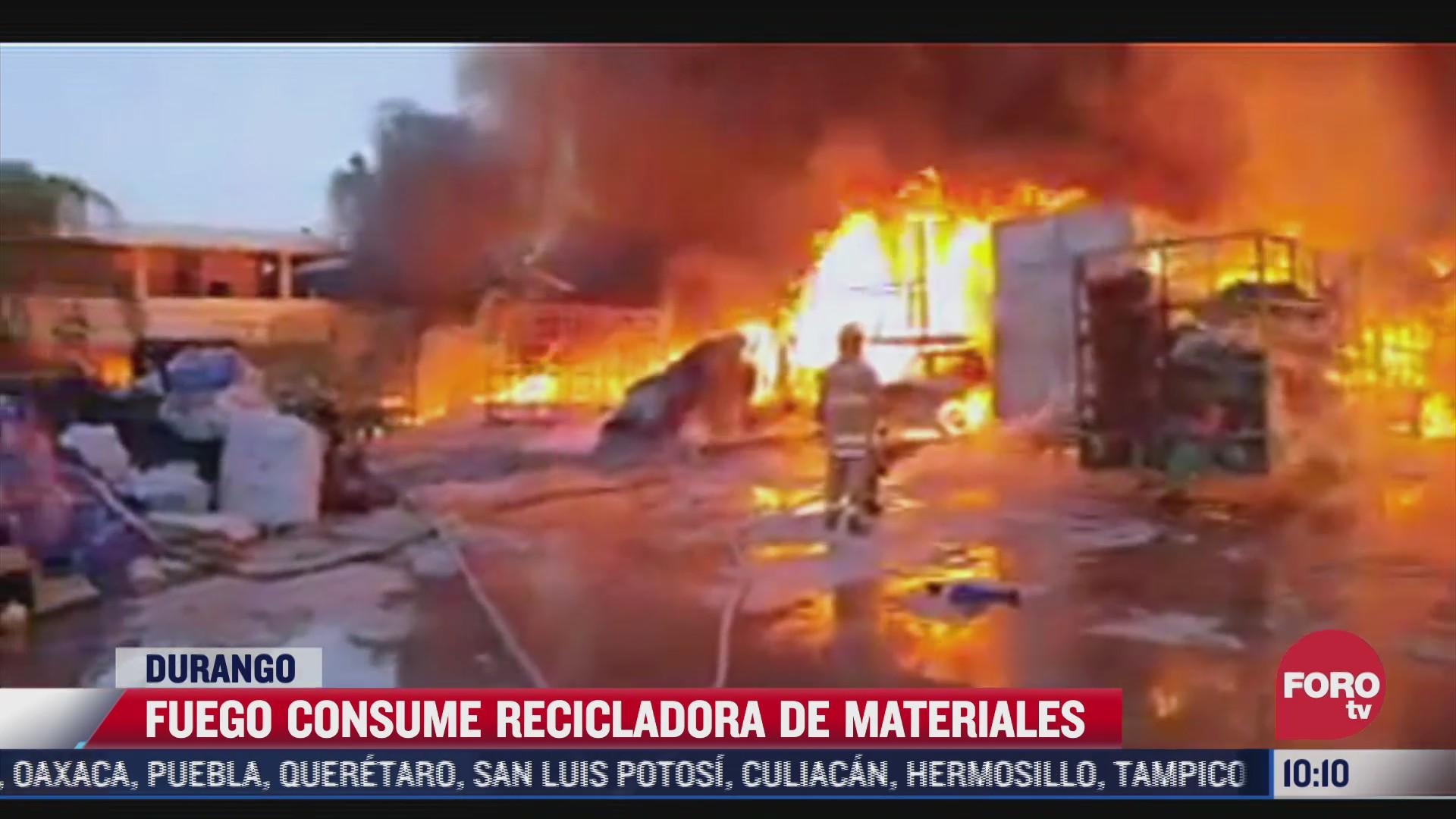 fuerte incendio en recicladora de gomez palacio durango