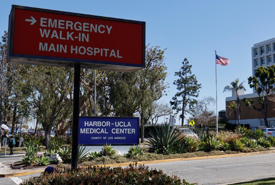 Tiger-Woods-sale-del-hospital-tras-accidente-automovilístico
