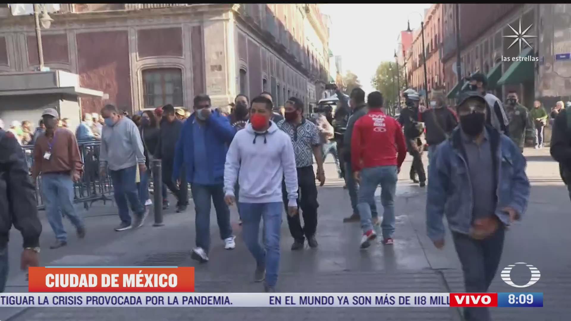 integrantes del sme se marchan al zocalo de la cdmx