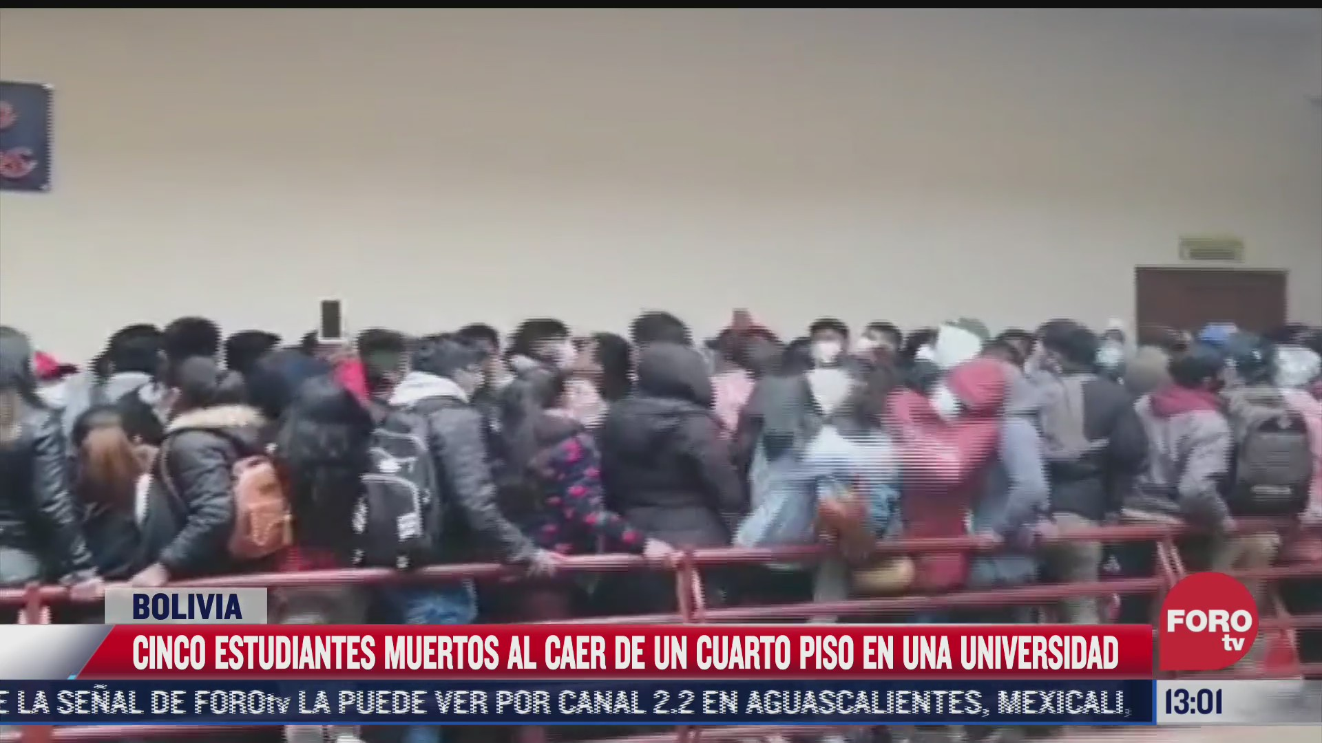 mueren cinco estudiantes al caer de un cuarto piso en una universidad
