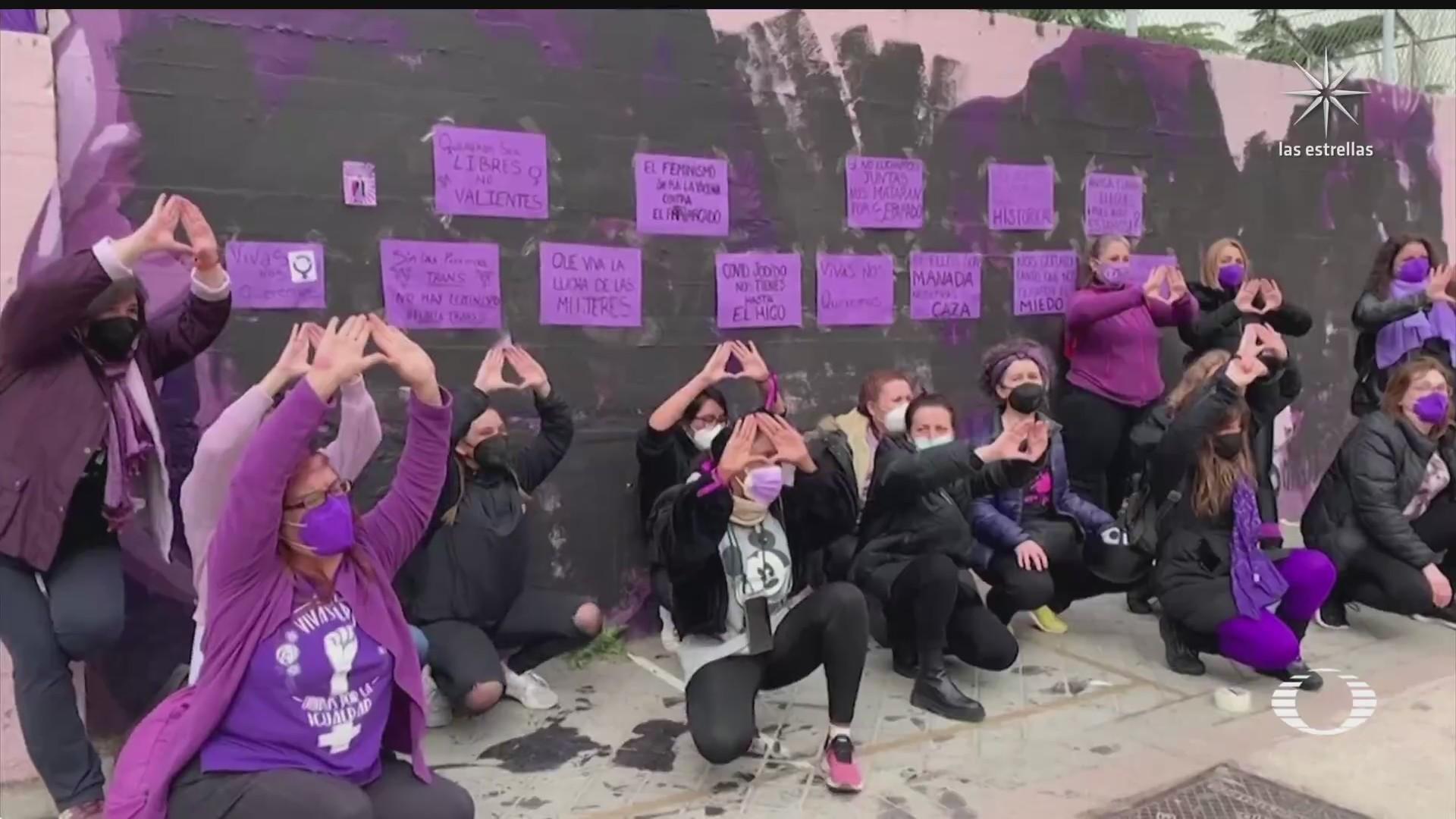 mujeres en el mundo conmemoran el 8 de marzo