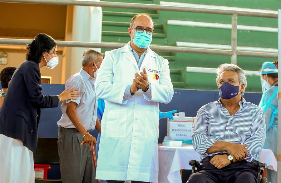 Renuncia-cuarto-ministro-de-Salud-de-Ecuador