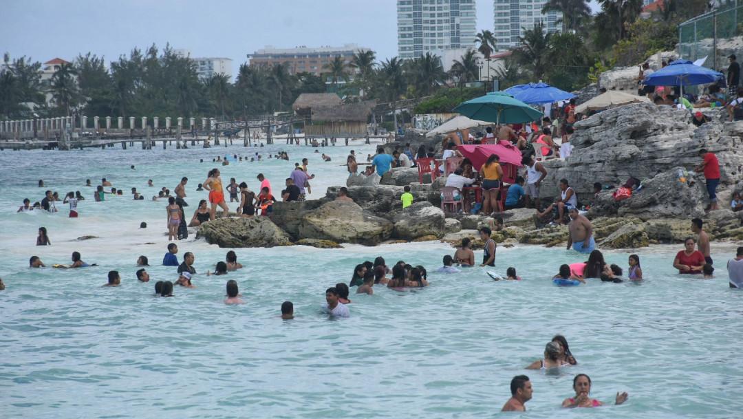 Secretaría de Salud pide evitar salir de vacaciones en Semana Santa por COVID-19