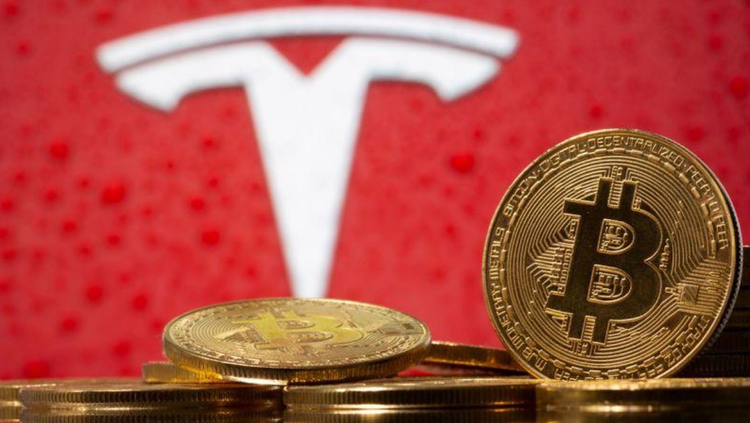 El logotipo del fabricante de automóviles Tesla (Reuters)