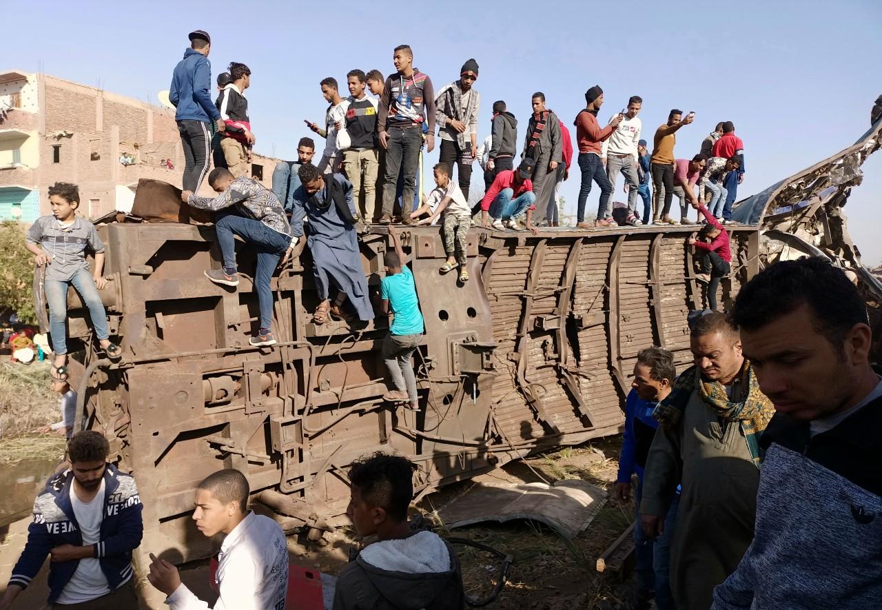 Choque-de-autobús-deja-al-menos-20-muertos-en-Egipto