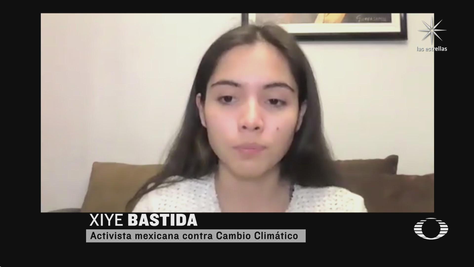 activista mexicana irrumpe en cumbre climatica