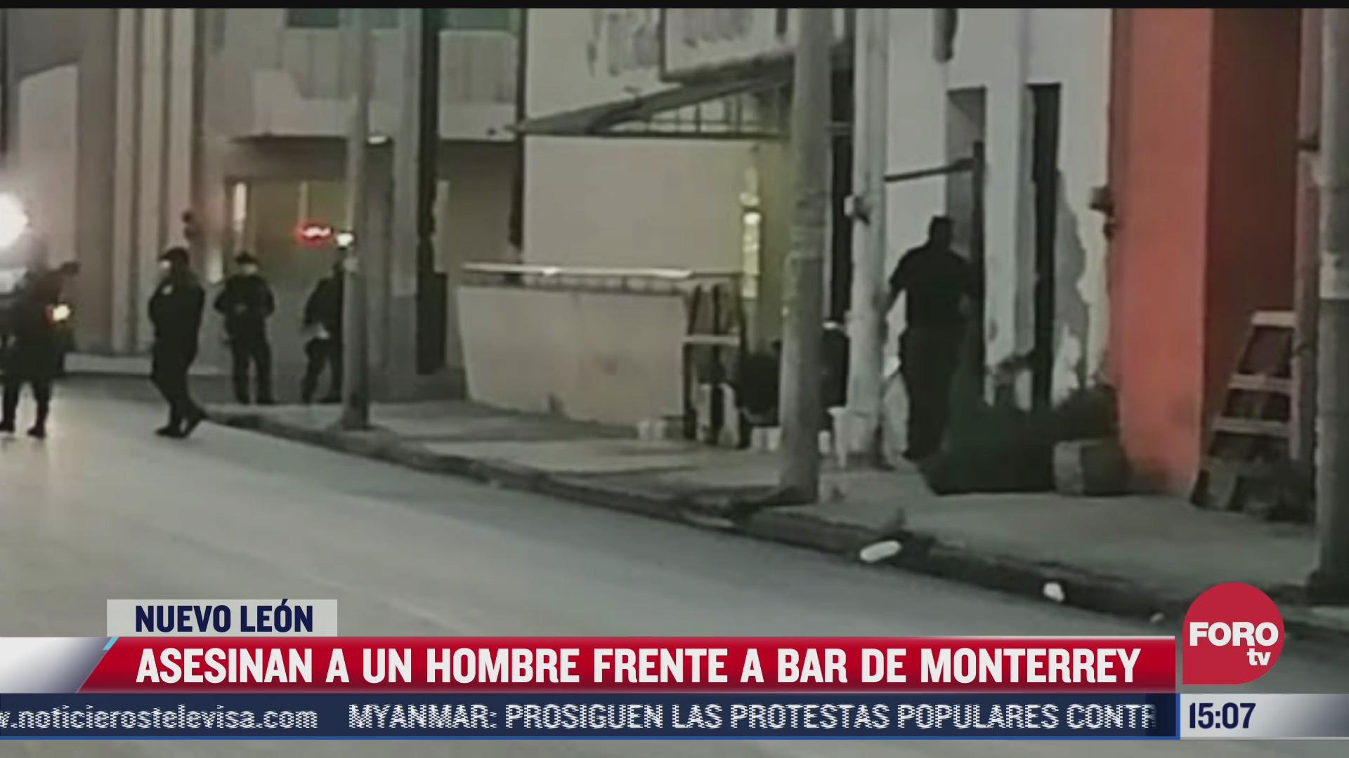 asesinan a hombre a la entrada de bar en monterrey