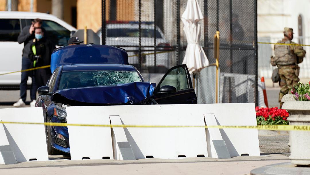 El joven que estrelló su vehículo contra una barricada que resguarda el Capitolio de Estados Unidos