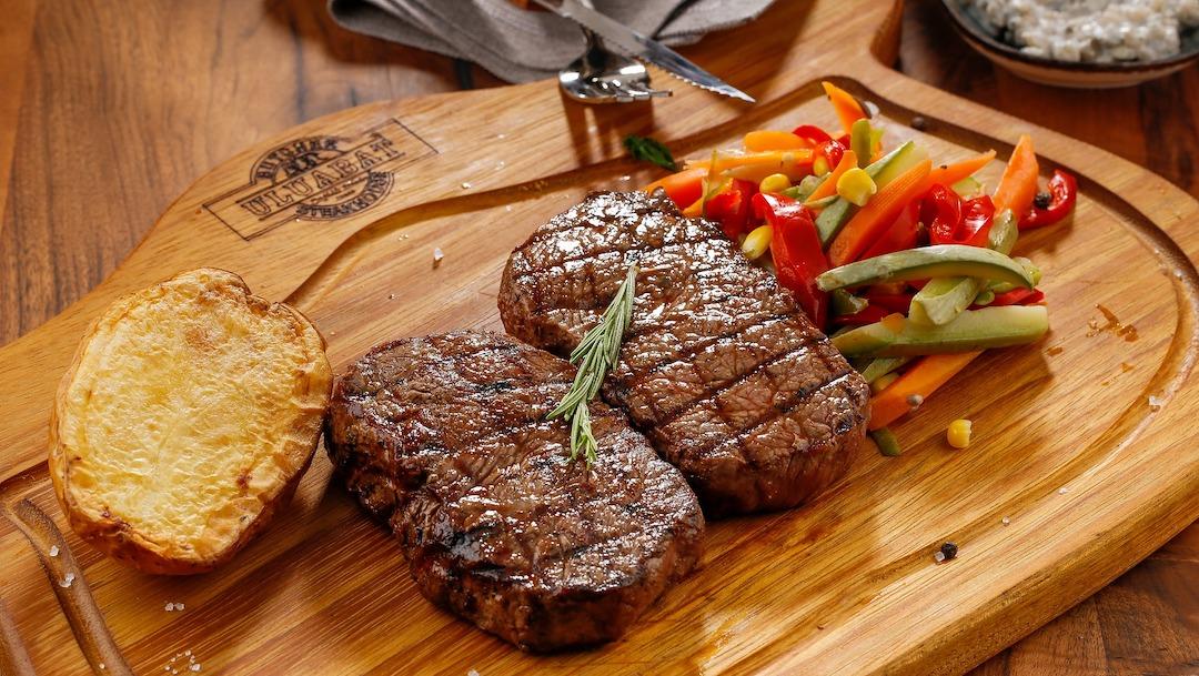 El selenio de la carne roja y pescado, protege contra la obesidad