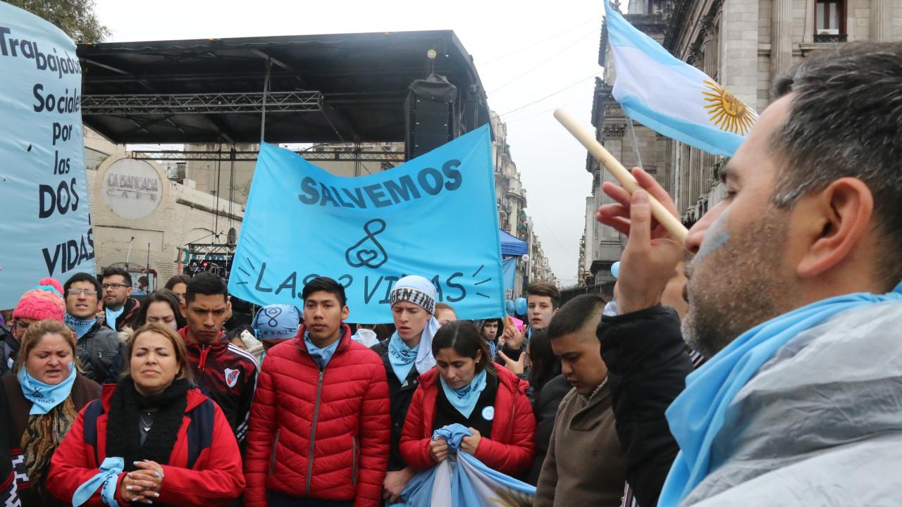 provida, Argentina, aborto, celeste, embarazo