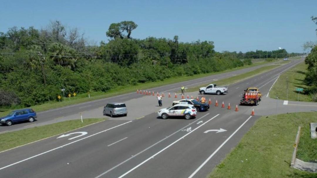 Autoridades cierran carreteras ante un probable derrame de una planta procesadora de fosfatos (Twitter: @tompkinscondie)