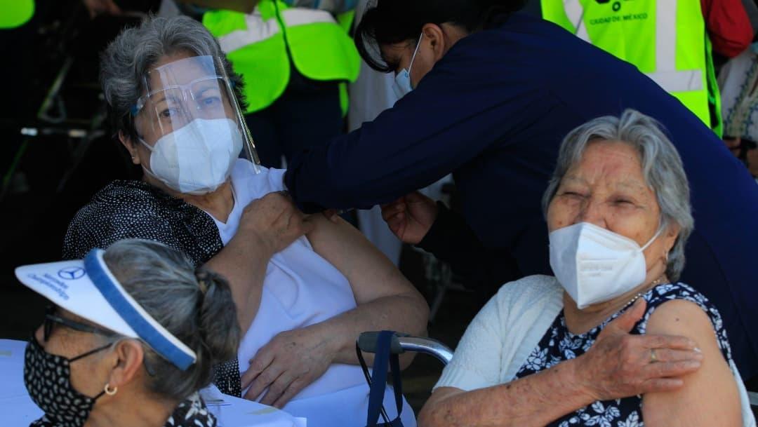 Ciudad de México ha vacunado al 76% de sus adultos mayores