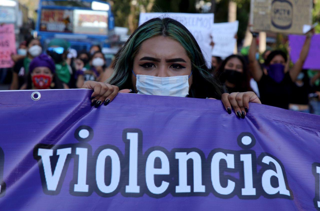 Feministas de Milpa Alta denuncian a quienes no dan pensión