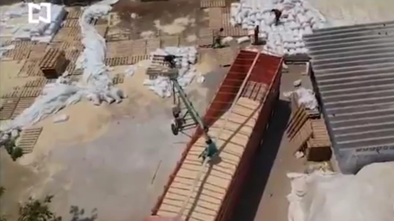 Decenas de toneladas de maíz abandonado en centros de acopio de Guerrero se echan a perder