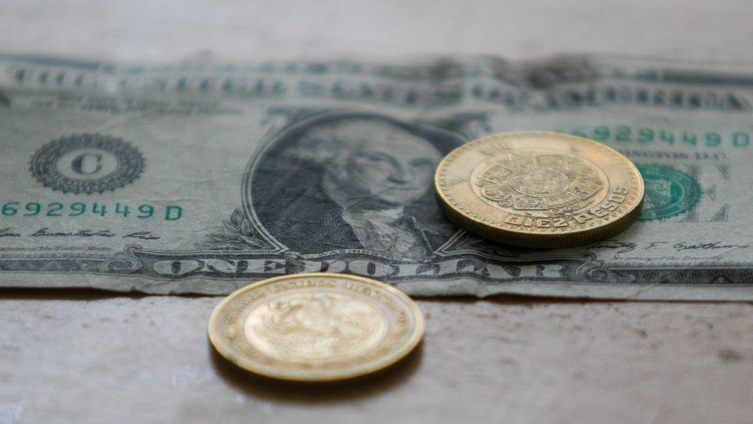 Dólar estadounidense y monedas mexicanas (Cuartoscuro)