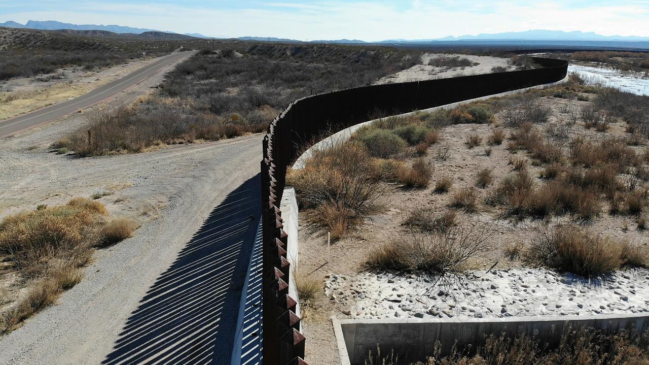 EEUU reparará daños causados por muro fronterizo