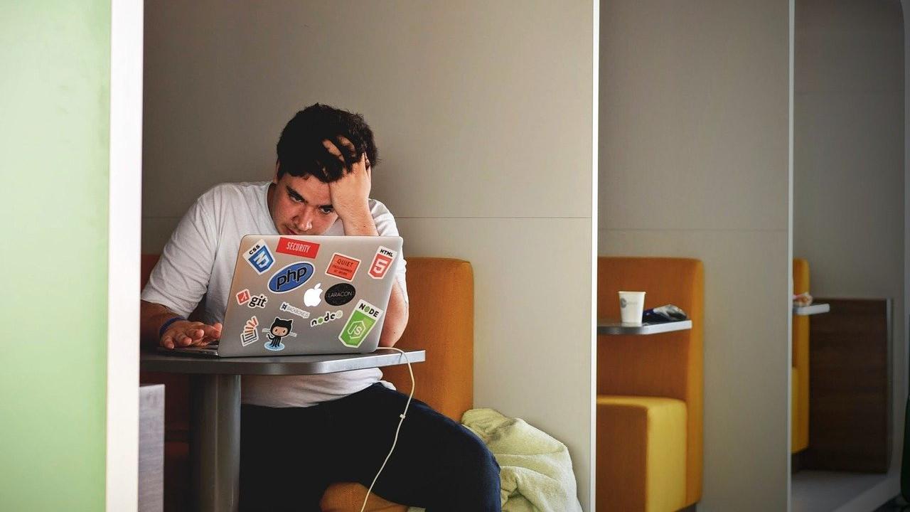 correo electrónico, gmail, ayuda, tecnología, imagen ilustrativa