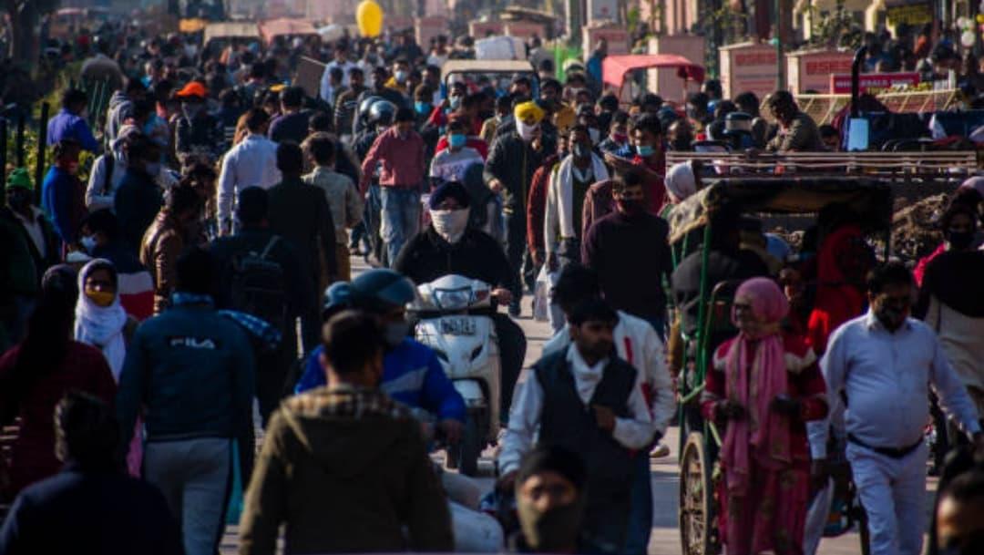 India supera a Brasil y se convierte en el segundo país más afectado por la pandemia