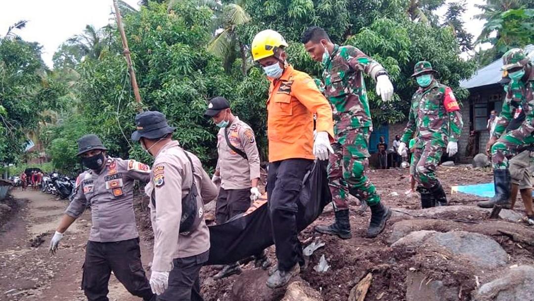 Indonesia busca a sobrevivientes de las inundaciones que se han dejado al menos 124 muertos