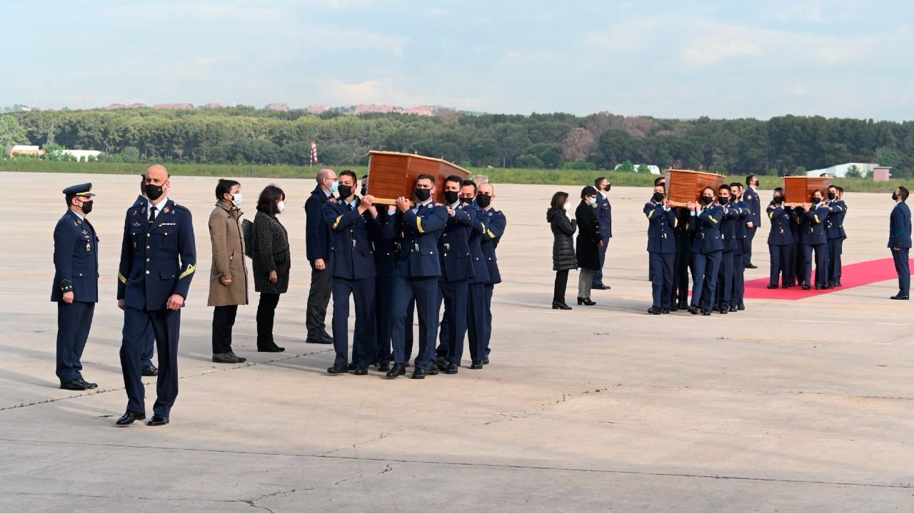 Llegan a España los cuerpos de periodistas y activista asesinados en Burkina Faso