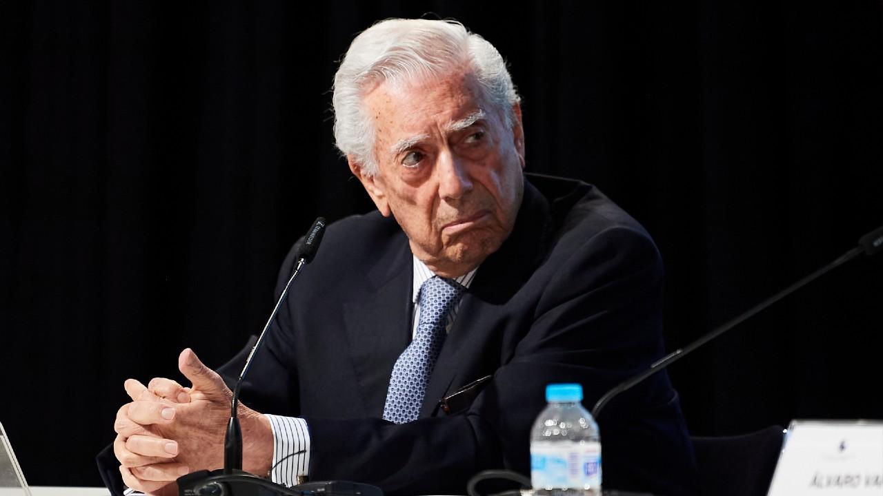 Mario Vargas Llosa pide a peruanos votar por Keiko Fujimori