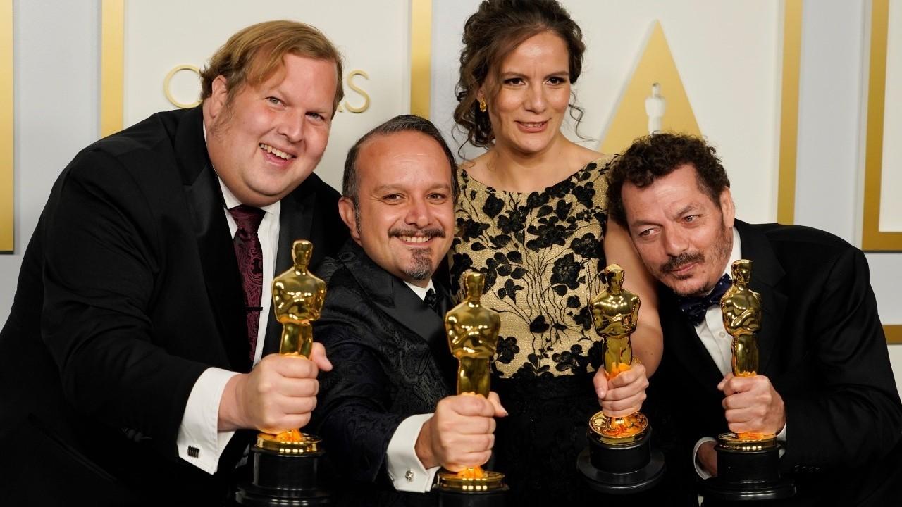 Los ingenieros mexicanos Carlos Cortés, Jaime Baksht y Michelle Couttolenc (Getty Images)