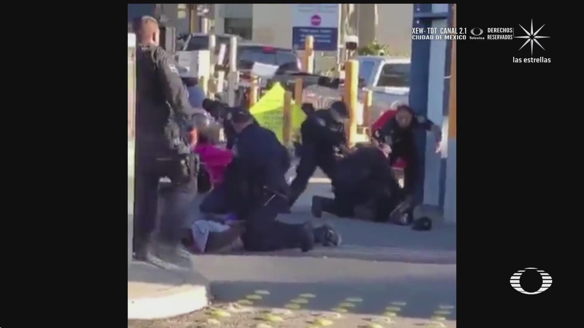 migrantes intentan burlar la seguridad de la garita de tecate