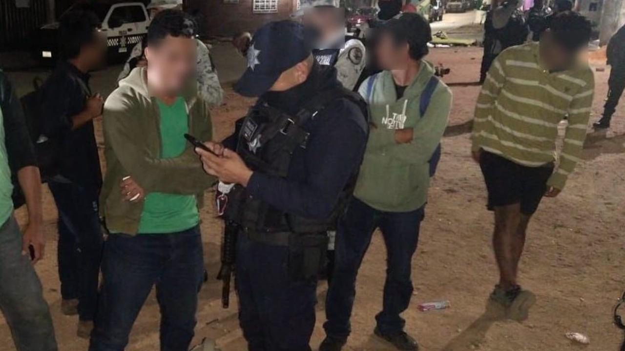 Autoridades rescatan a migrantes centroamericanos en Veracruz (Twitter: @SP_Veracruz)