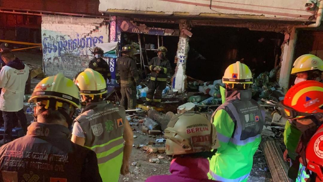 Muere mujer tras explosión en local de venta de oxígeno en Iztapalapa