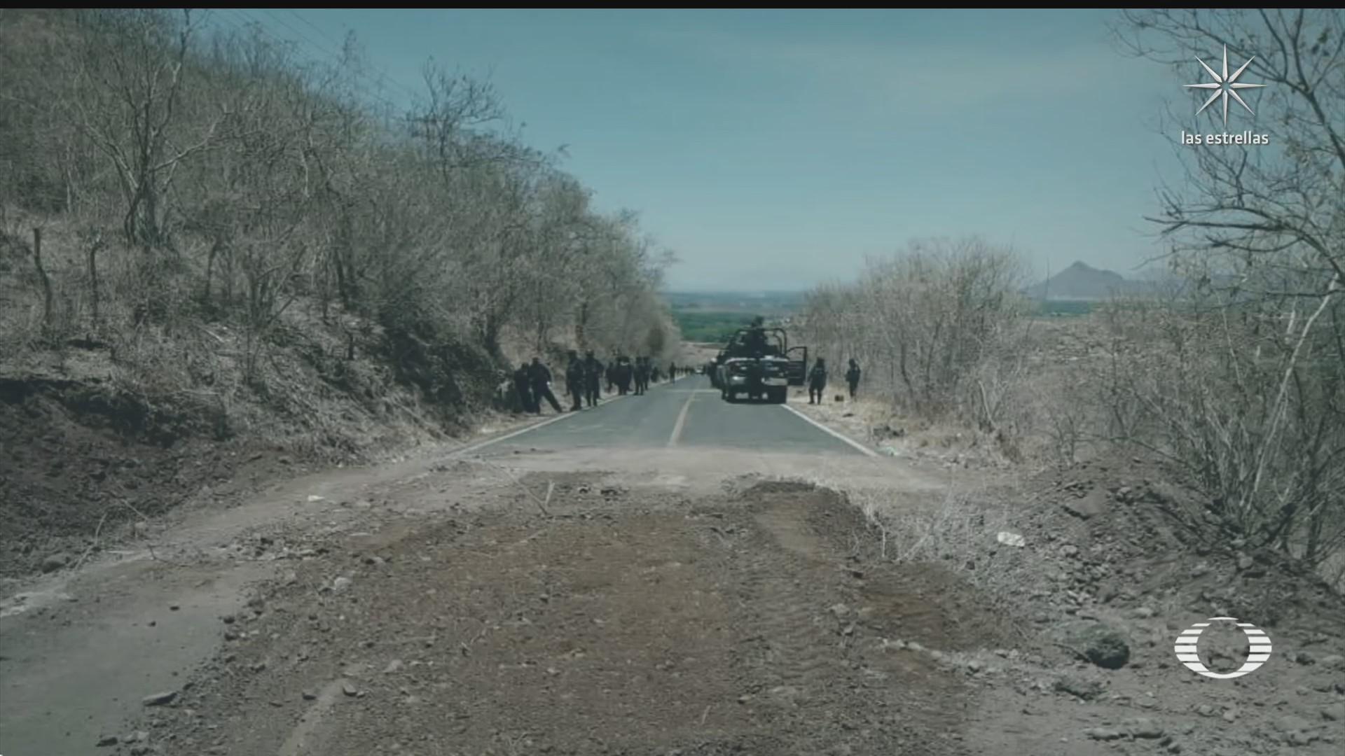 policias estatales en aguililla michoacan son agredidos con drones