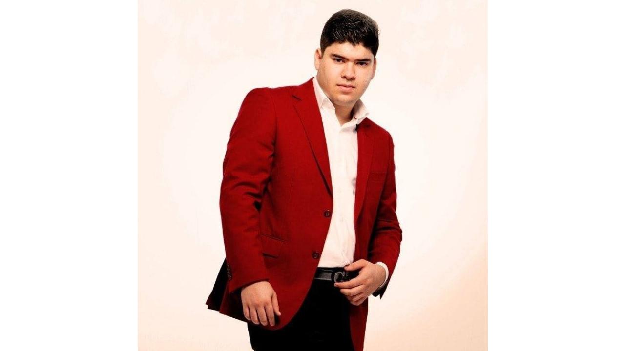 Alex Quintero, cantante, corridos, Sonora, Facebook