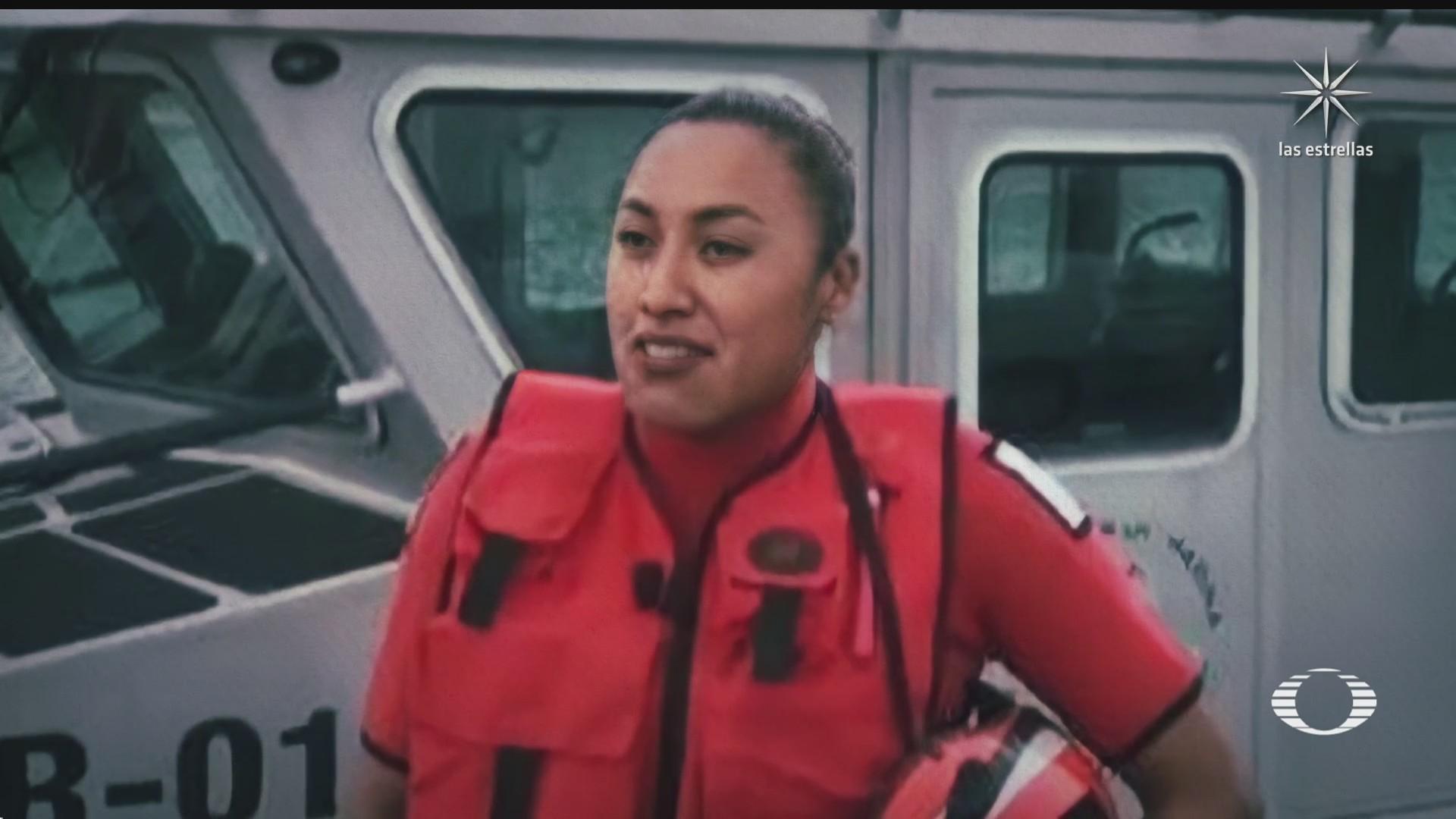 reconocen valentia de personal de la marina durante rescate a embarcacion