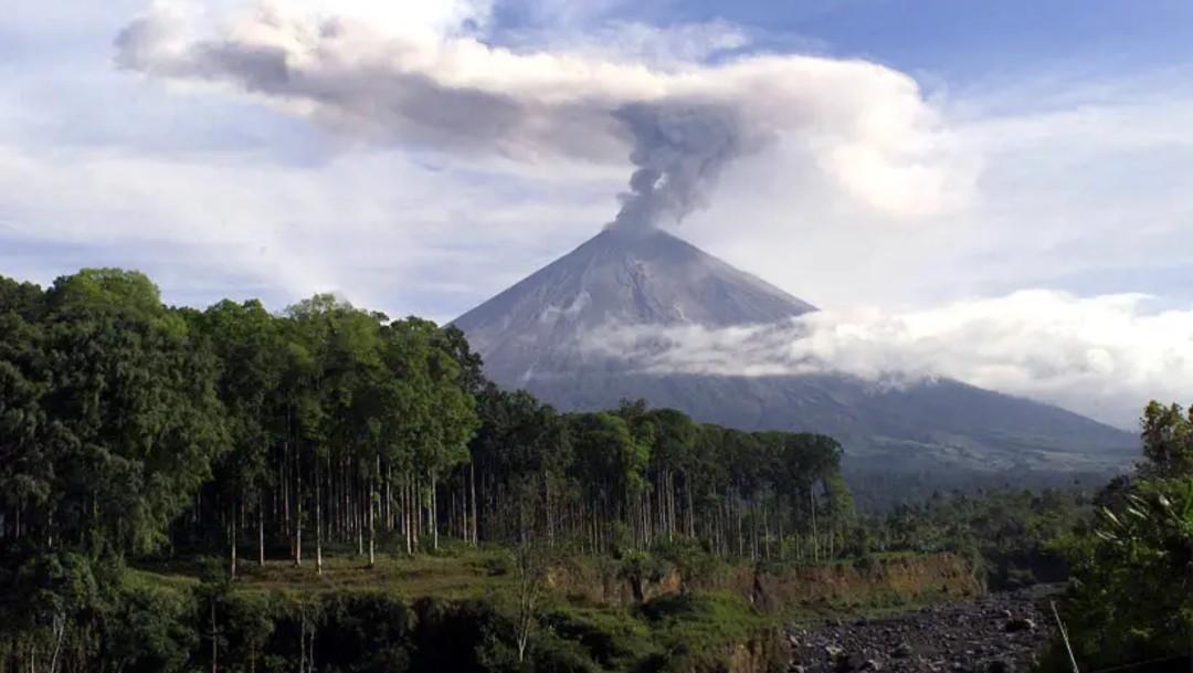 Un terremoto de magnitud 6 sacude las aguas al sur de isla indonesia de Java